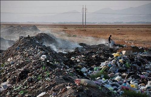 بخش عمده آلودگی هوای تهران ناشی از زبالهسوزی است